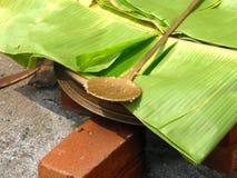 Folha da banana com colher Imagens de Stock Royalty Free