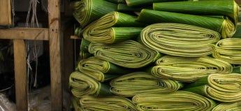 Folha da banana usada geralmente embalando o petisco tradicional Bogor recolhido foto Indonésia Foto de Stock