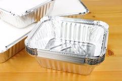 A folha de alumínio leva embora recipientes de alimento foto de stock royalty free