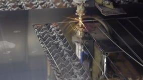Folha de metal da solda do laser do CNC da elevada precisão, corte de alta velocidade, soldadura de laser, laser que corta a tecn vídeos de arquivo