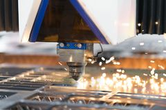 Folha de metal da soldadura do laser do CNC da elevada precisão Foto de Stock