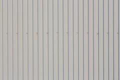 Folha de metal trapezoidalmente do telhado com parafusos Foto de Stock Royalty Free