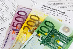 Folha de pagamento com cédulas fotografia de stock