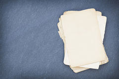 Folha de papel no quadro-negro Imagem de Stock