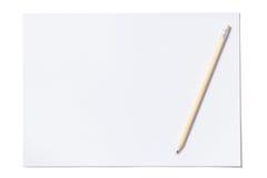 Folha e lápis brancos com trajeto de grampeamento Imagem de Stock