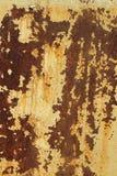 Folha pintada do ferro com traços de corrosão foto de stock