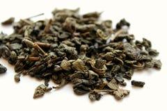 Folhas de chá verdes secadas Imagens de Stock