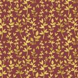 Folhas do ouro no fundo de Borgonha Fotografia de Stock Royalty Free