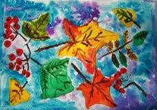 Folhas e bagas de outono pintadas pela criança imagens de stock