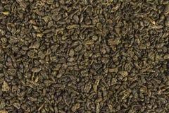 Folhas secadas do chá chinês verde da pólvora foto de stock royalty free