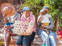 Folk i ANTANANARIVO, MADAGASCAR Arkivbild