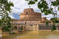 Folk i Castel Sant ' Angelo, Rome, Italien Arkivbild