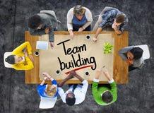 Folk i ett möte och en Team Building Concepts Royaltyfri Bild