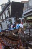 Folk i gatorna av Lima royaltyfria bilder