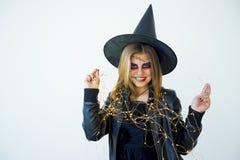 Folk i halloween dräkter Fotografering för Bildbyråer