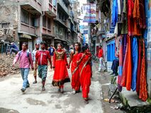 Folk i hast - Katmandu, gatorna av Thamel Arkivbilder