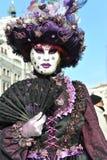 Folk i lyxig dräkt på Venedig, Italien Februari ` 13 Royaltyfria Foton
