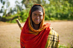 Folk i OMO, ETIOPIEN Royaltyfria Foton