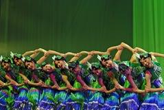 folk kinesiska dansare Royaltyfri Bild