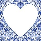 Folk kort för hjärtadesignhälsning, skandinavisk blom- vektormodell i marinblått och vitt Royaltyfri Fotografi