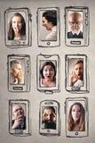 Folk och smartphones royaltyfria foton