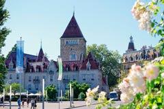 Folk på chateauen Ouchy i Lausanne Arkivfoton