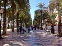 Folk på ferie i alicante Spanien Arkivbilder