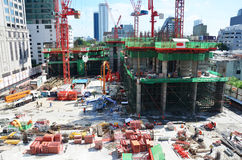Folk som arbetar på konstruktionsplats på Bangkok Thailand Royaltyfria Foton
