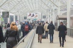 Folk som besöker biten 2015, internationellt turismutbyte i Milan, Italien Arkivfoto