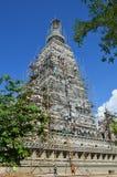 Folk som bygger på templet för Wat joungkum i Lampang Thailand Royaltyfria Bilder