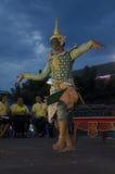Folk som dansar suverän thai thai stil för maskerings- eller Khon dansdrama Arkivbild