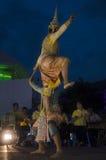 Folk som dansar suverän thai thai stil för maskerings- eller Khon dansdrama Royaltyfri Bild