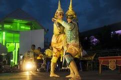 Folk som dansar suverän thai thai stil för maskerings- eller Khon dansdrama Royaltyfri Foto