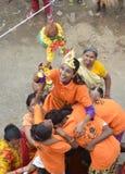 Folk som firar Lord Krishna Birthday i Bhopal Royaltyfri Bild