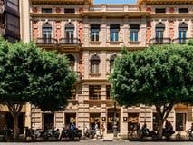Folk som går i stadens centrum Valencia City In Spain Royaltyfria Foton