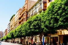 Folk som går i stadens centrum Valencia City In Spain Arkivfoto