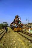 Folk som går till Ijtema den globala kongregationen Arkivfoton