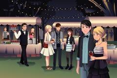 Folk som har ett utomhus- nattparti vektor illustrationer