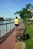 Folk som joggar, sund livsstil Arkivfoto