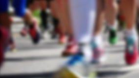 Folk som kör den Stockholm maraton arkivfilmer