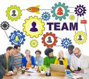 Folk som möter anslutningskugghjulet företags Team Concept Arkivbilder