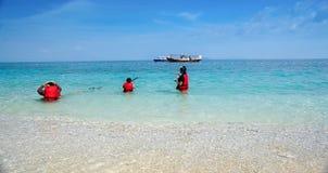 folk som snorkeling Fotografering för Bildbyråer