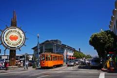 FolkbesökFishermans hamnplats i San Francisco Royaltyfri Foto