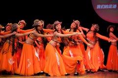 Folkdans: Karneval av den Mongoliet flickan Arkivfoton
