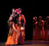 Folkdans: Karneval av den Mongoliet flickan Arkivbild
