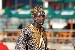 Folket bär traditionella kläder Royaltyfri Bild