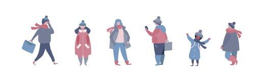 Folket i varm vinter beklär att gå på gatan och att gå att arbeta som talar på telefonen royaltyfri illustrationer
