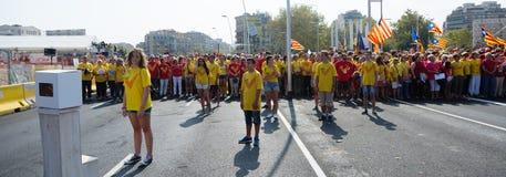 Folket på samlar fordrande självständighet för Catalonia Royaltyfria Foton