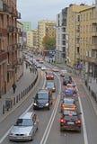 Folket rider i bilar på vägen i Warszawa, Polen fotografering för bildbyråer