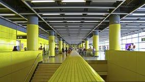 Folkhop för station för Lok fumtr, Hong Kong fotografering för bildbyråer
